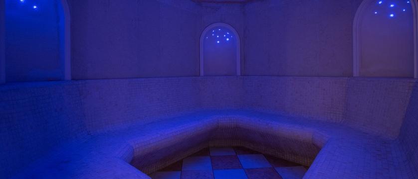 italy_dolomites_kronplatz_la_villa_chalet_hotel_antines_sauna.jpg